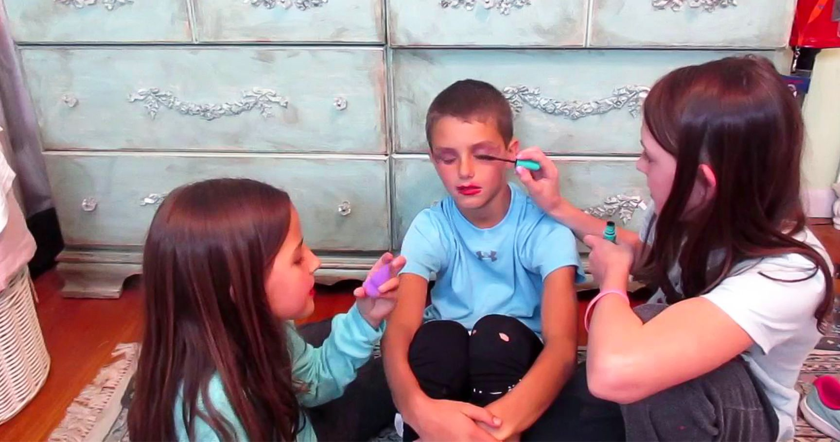 15 Sephora Products That Are Safe For Kids To Play With (And 5 That