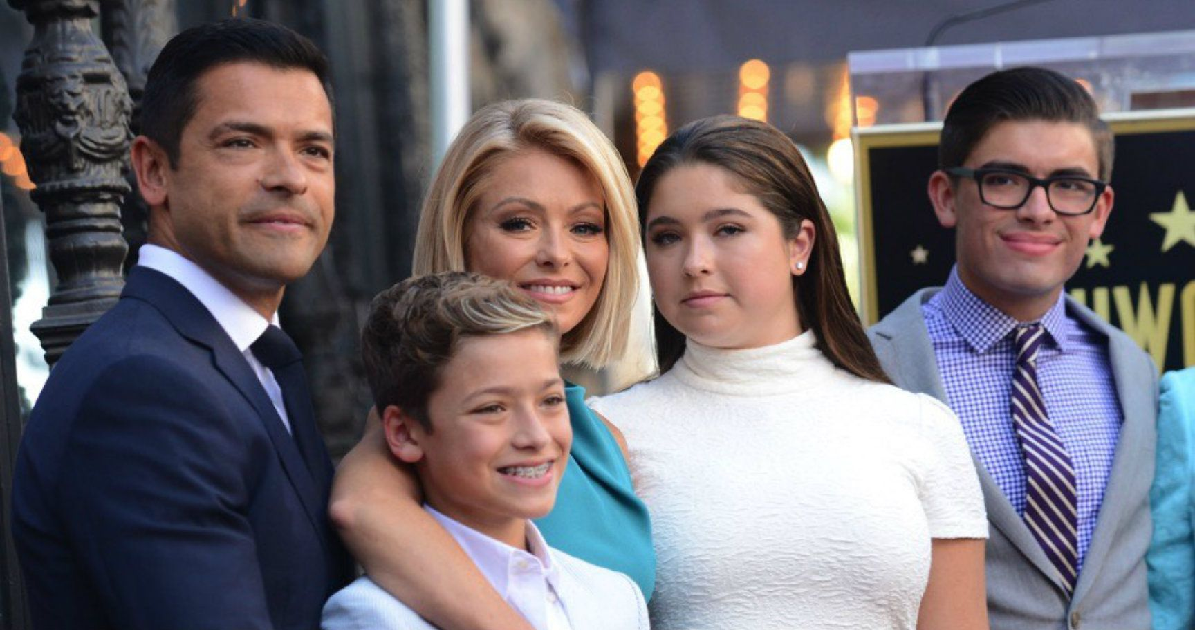 how old is kelly ripa